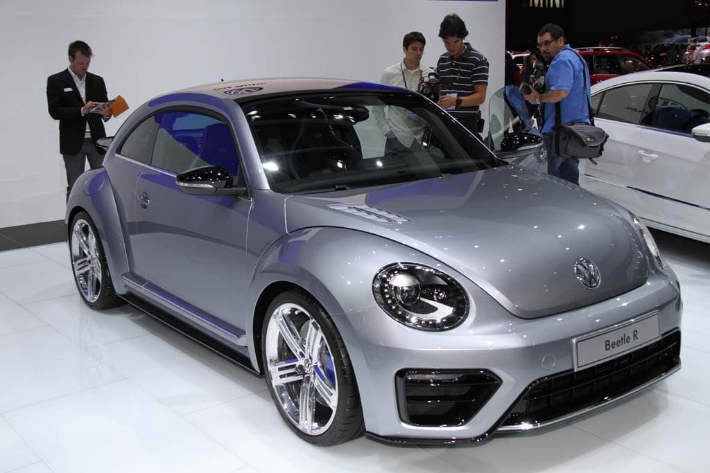 Volkswagen Hints at Production Plans for Beetle R