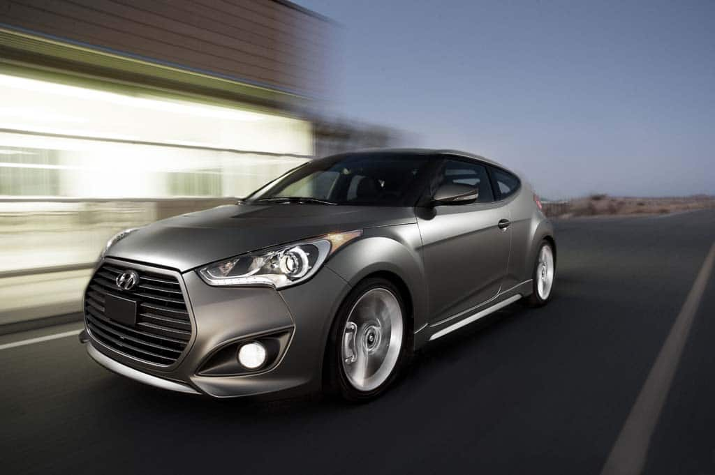first look 2013 hyundai veloster turbo. Black Bedroom Furniture Sets. Home Design Ideas
