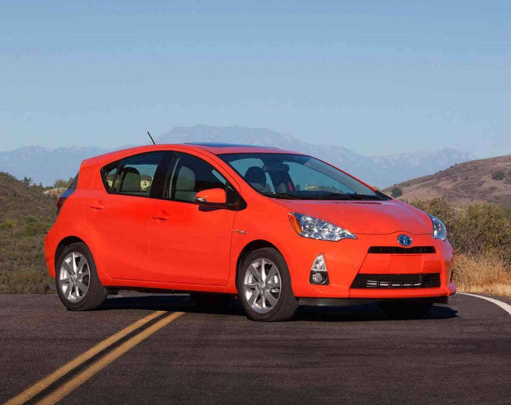 first drive toyota prius c. Black Bedroom Furniture Sets. Home Design Ideas