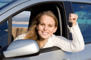 Women, according to a new survey, enjoy haggling over the price of a new car more than men.