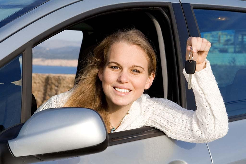 Women Taking to Haggling Over New Car Price