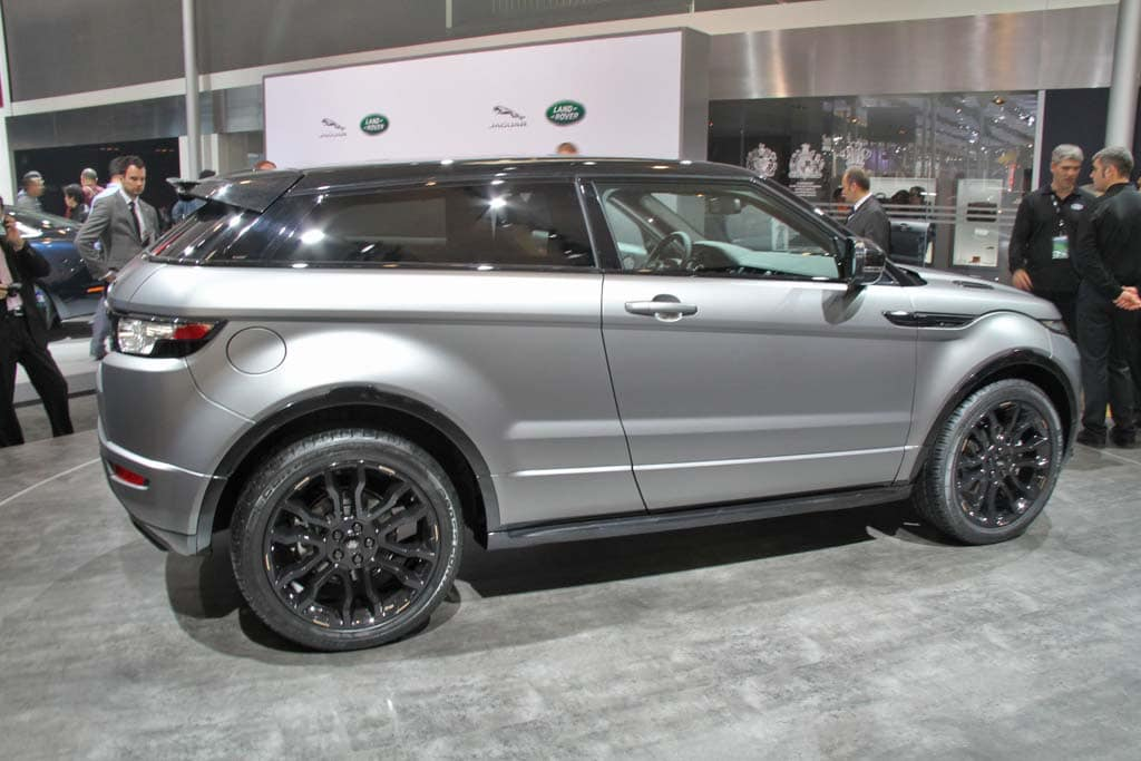 http://www.thedetroitbureau.com/wp-content/uploads/2012/04/Range-Rover-Evoque-Beckham-side.jpg