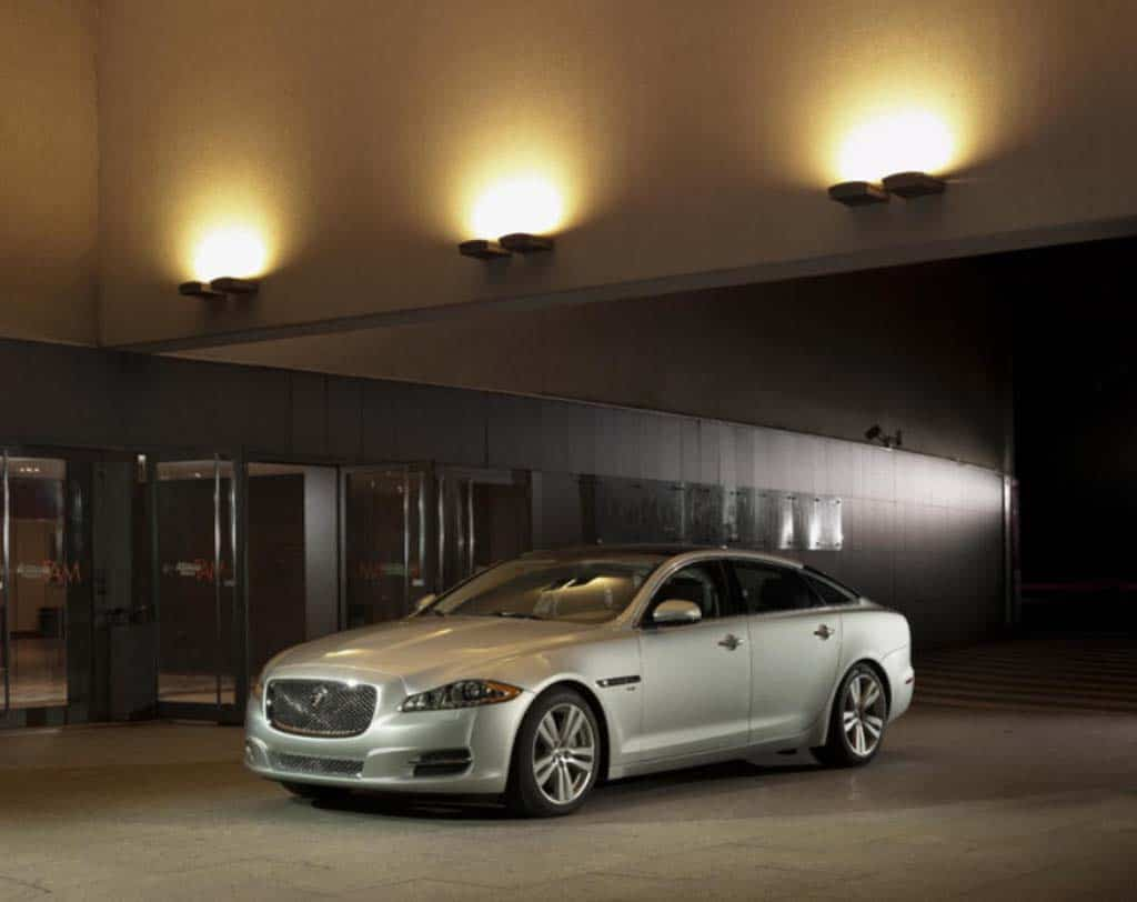 Jaguar Downsizes Engine Line-Up