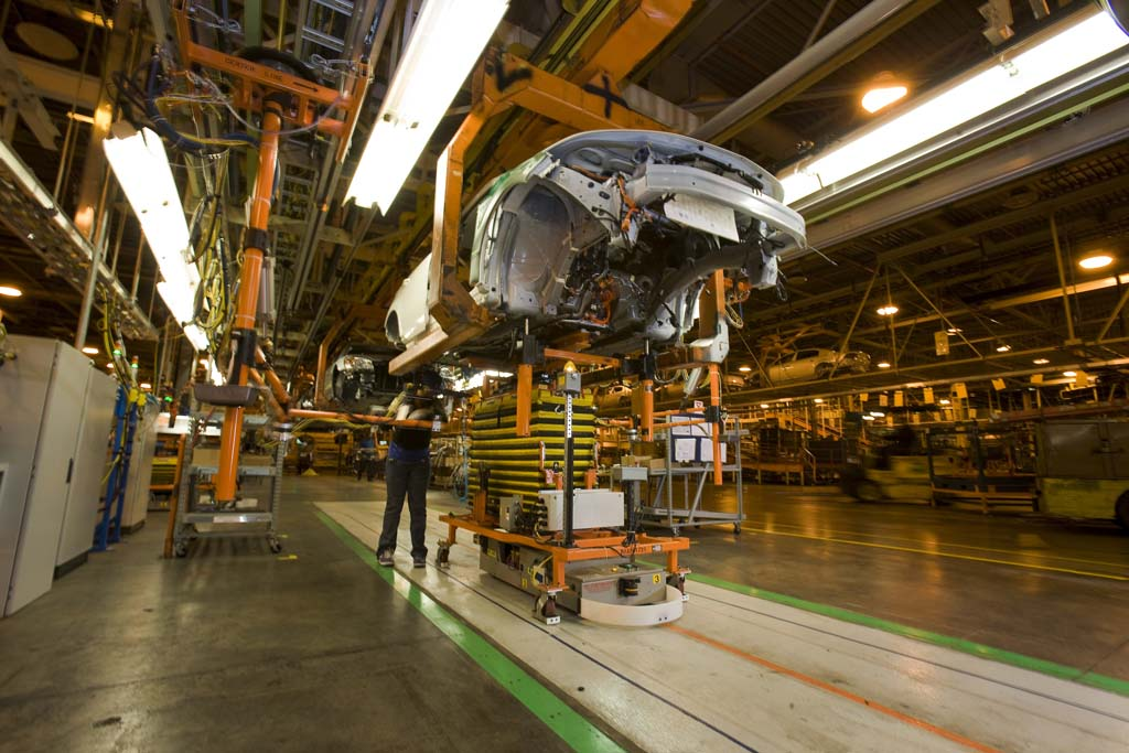 Survey many car buyers think gm will file bankruptcy for General motors assembly plant