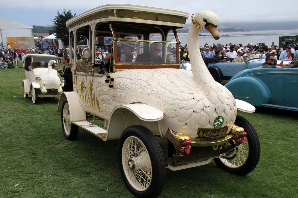 2012 Pebble Beach Concours: The World\'s Most Exclusive Traffic Jam ...