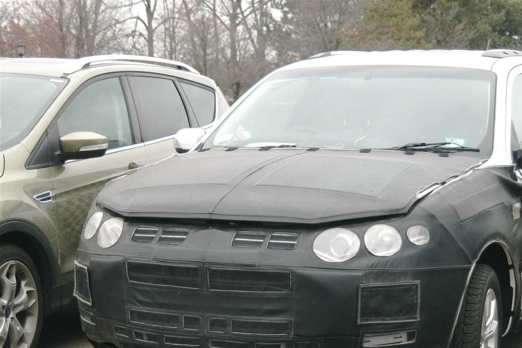 Spy Shots: 2014 Lincoln Compact Crossover