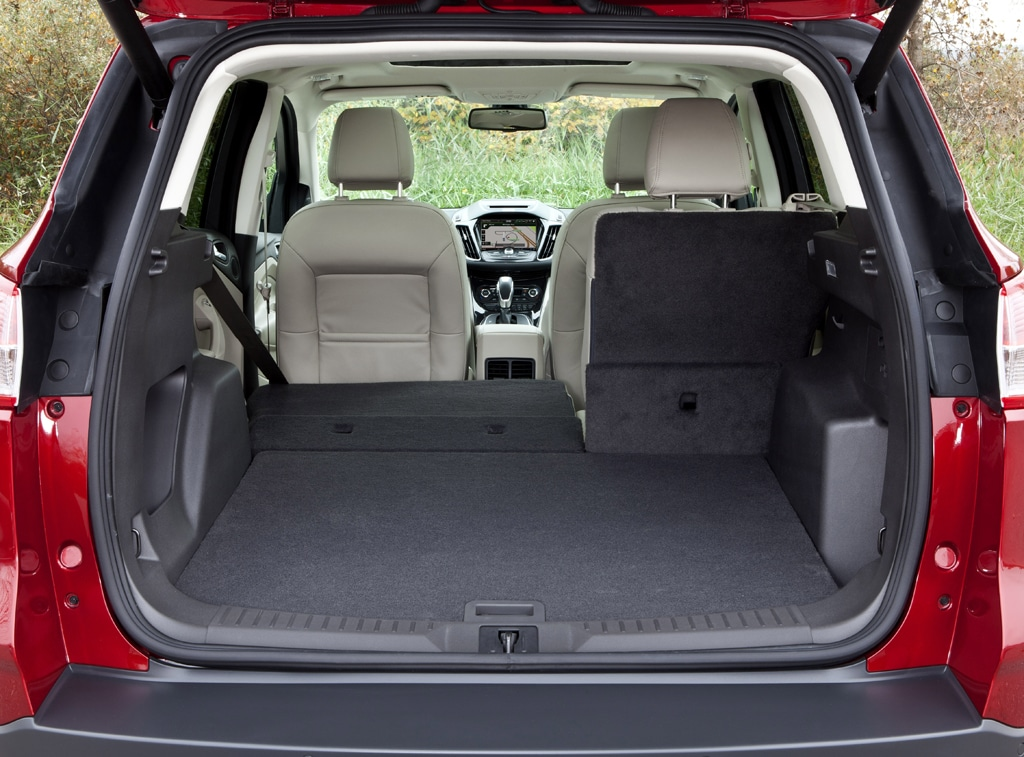 Ford Escape Trunk Space Dimensions >> Stylish yes, But is 2013 Ford Escape as Useful as Old One? | TheDetroitBureau.com