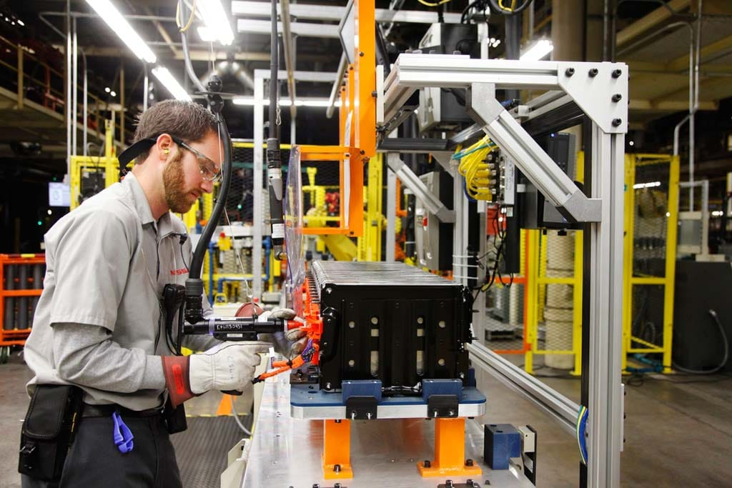 Nissan Opens US Leaf Battery Plant