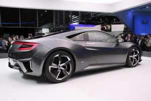 Acura Supercar on Acura Races A Step Closer To Production With Latest Nsx Supercar