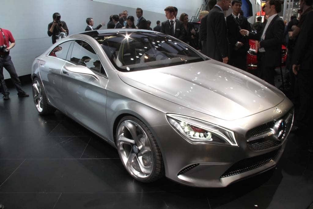 Benz shows off viano vision diamond van concept beijing for Mercedes benz car show