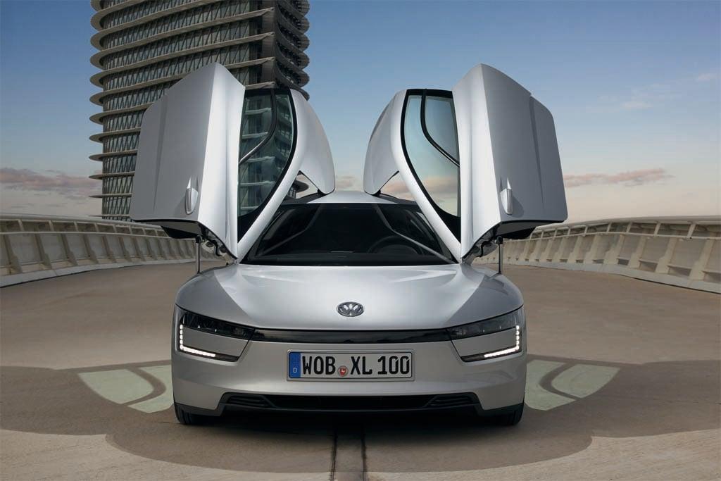 VW Launching 261 mpg XL1 Hybrid | TheDetroitBureau.com