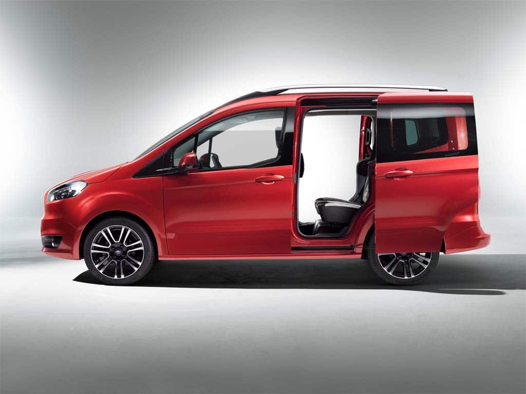 ford grows new tourneo van family. Black Bedroom Furniture Sets. Home Design Ideas