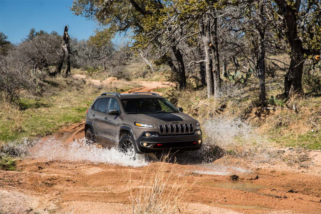 Jeep Cherokee Delay A Potential Setback for Chrysler