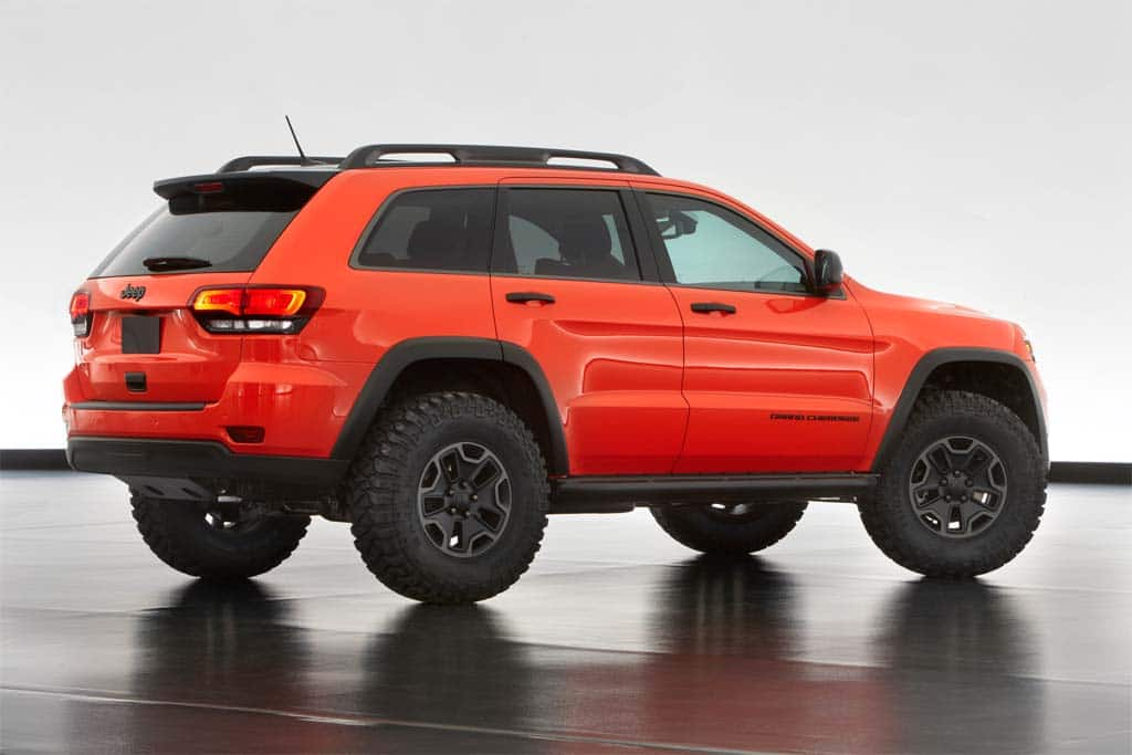 The Trailhawk starts out as a Jeep Grand Cherokee.