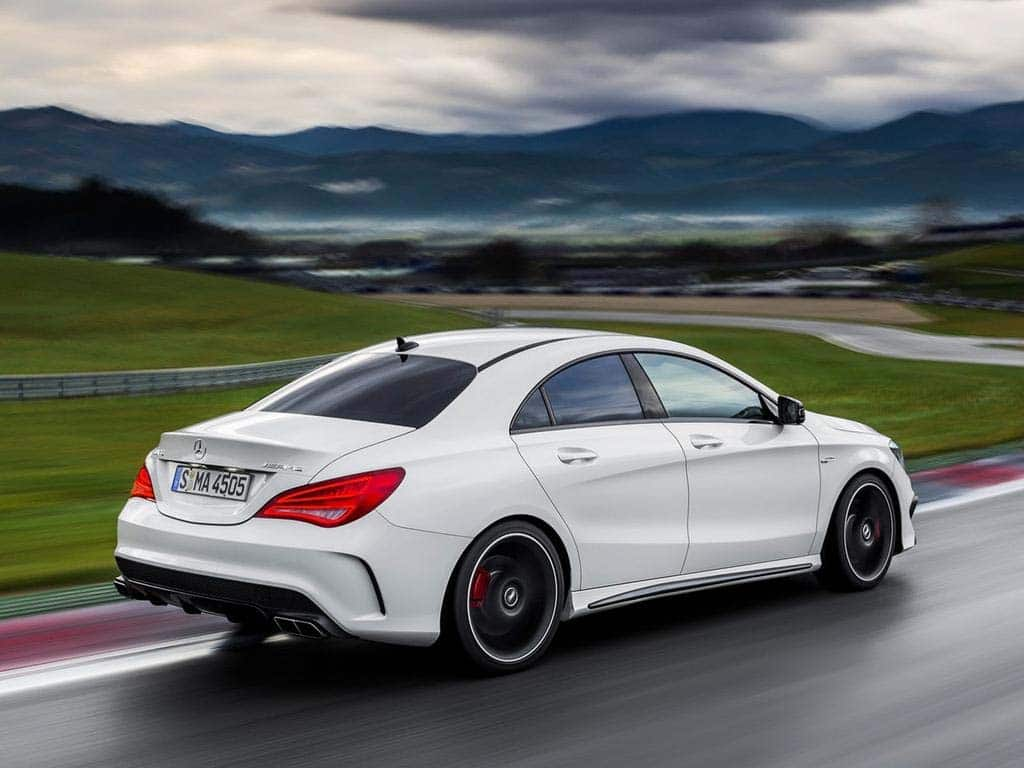 First drive 2014 mercedes benz cla for Mercedes benz amg cla 45