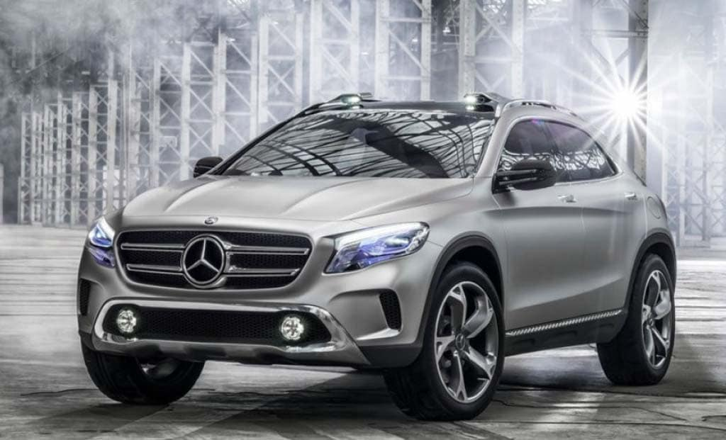 Pics leak of new mercedes benz gla concept for Mercedes benz gla 300