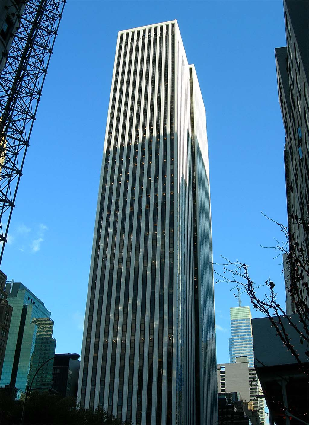 Gm abandons the big apple for General motors corporate office