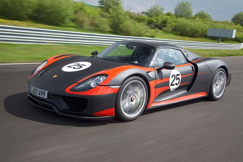 porsche plugs in with 918 supercar. Black Bedroom Furniture Sets. Home Design Ideas