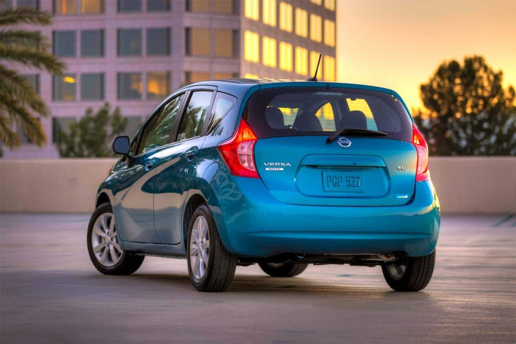 first drive 2014 nissan versa note. Black Bedroom Furniture Sets. Home Design Ideas