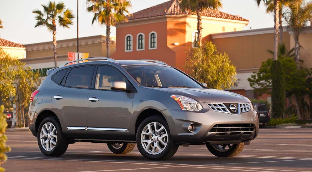 Nissan to Offer Both Old, New Versions of Rogue | TheDetroitBureau.com