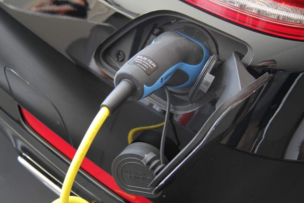 Congress Lets Battery Vehicle Tax Credits Expire