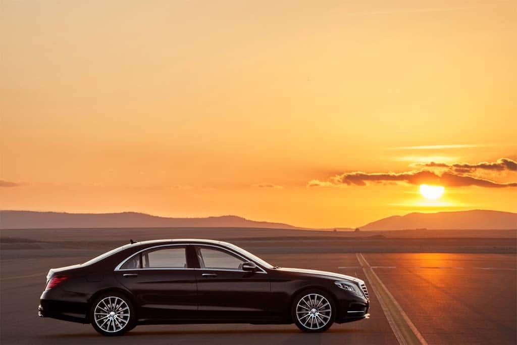 Mercedes, Bosch Team to Launch Self-Driving Car Service
