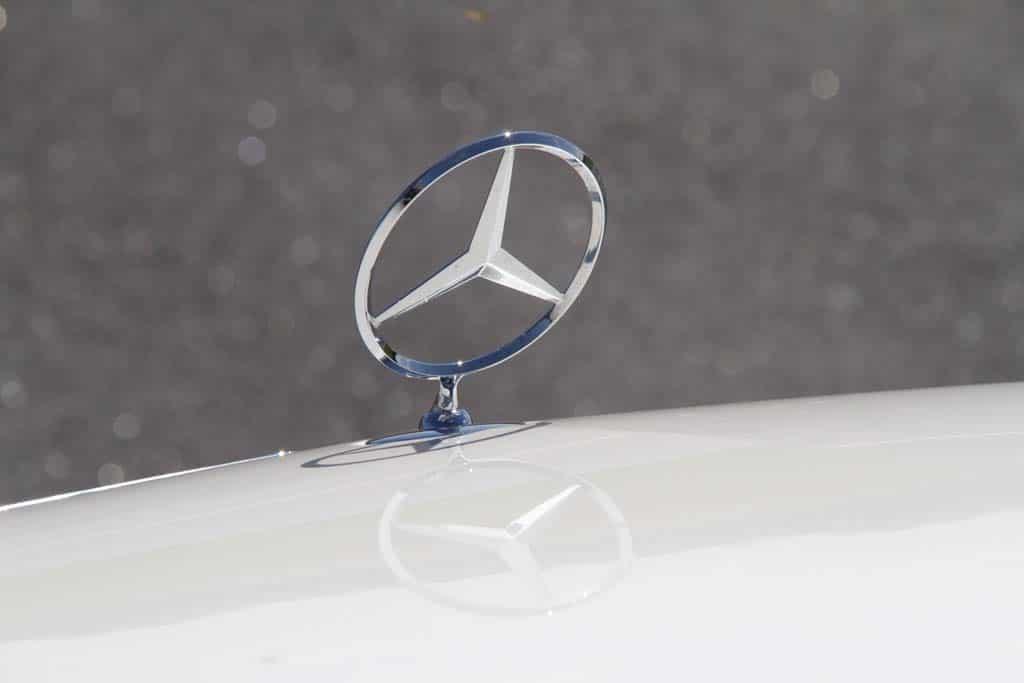 2014 mercedes benz s class tri star hood ornament 2014 for Tri star mercedes benz