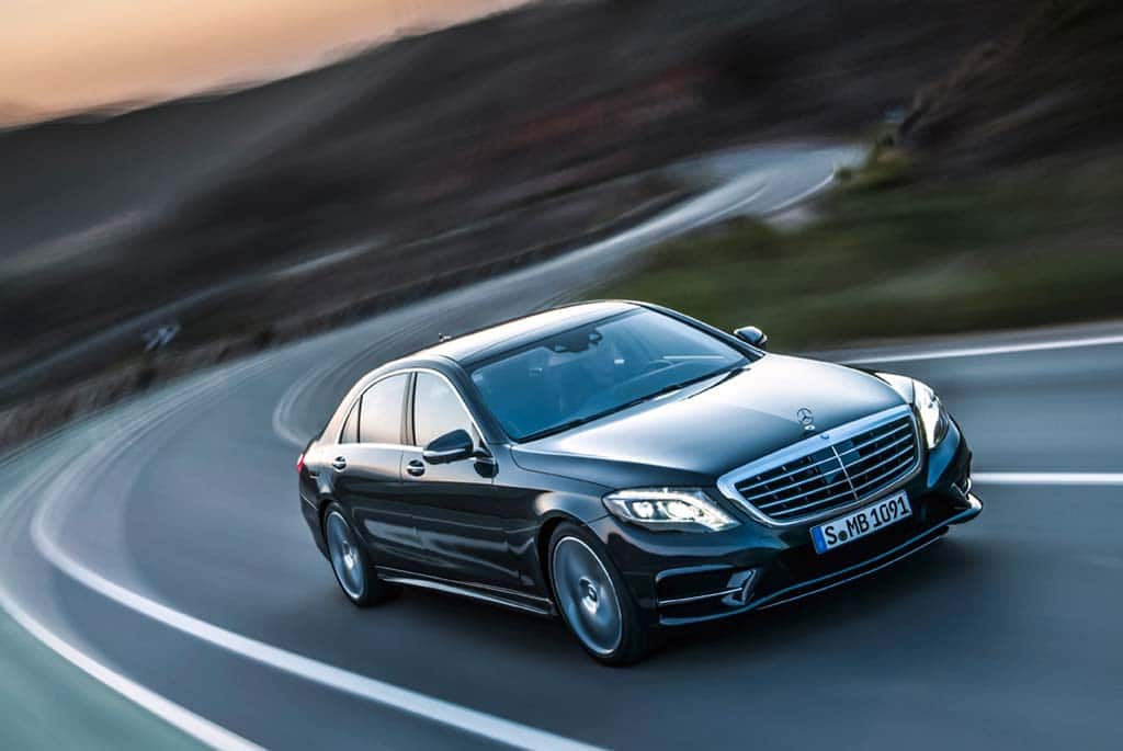 Mercedes Beats Sales Record for Third Year Running