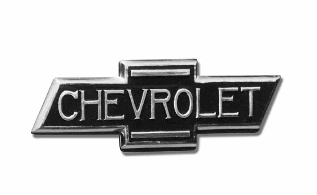 familiar chevrolet bowtie badge turns 100. Black Bedroom Furniture Sets. Home Design Ideas