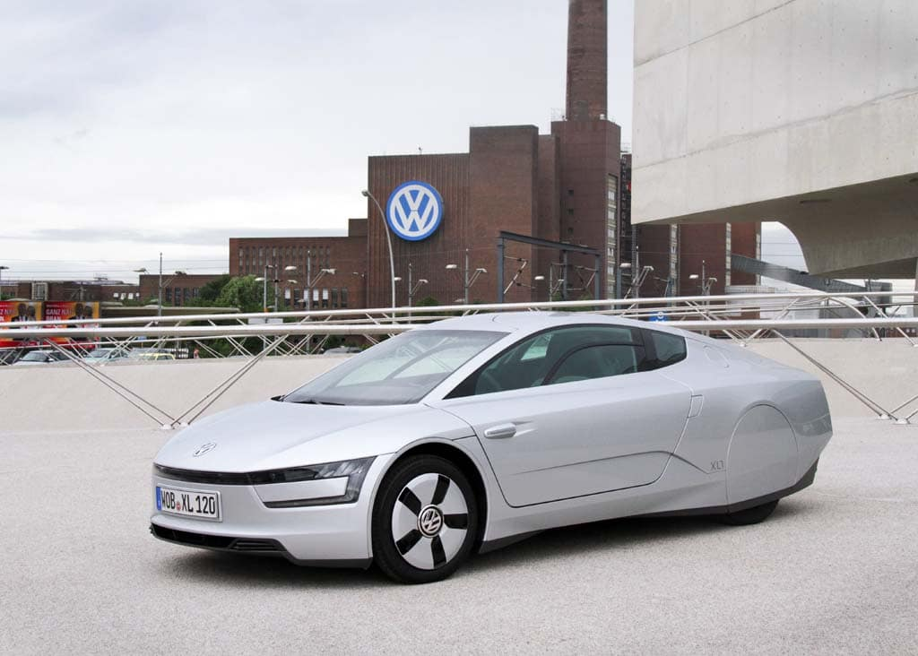 First Drive: 261 MPG Volkswagen XL1 | TheDetroitBureau.com