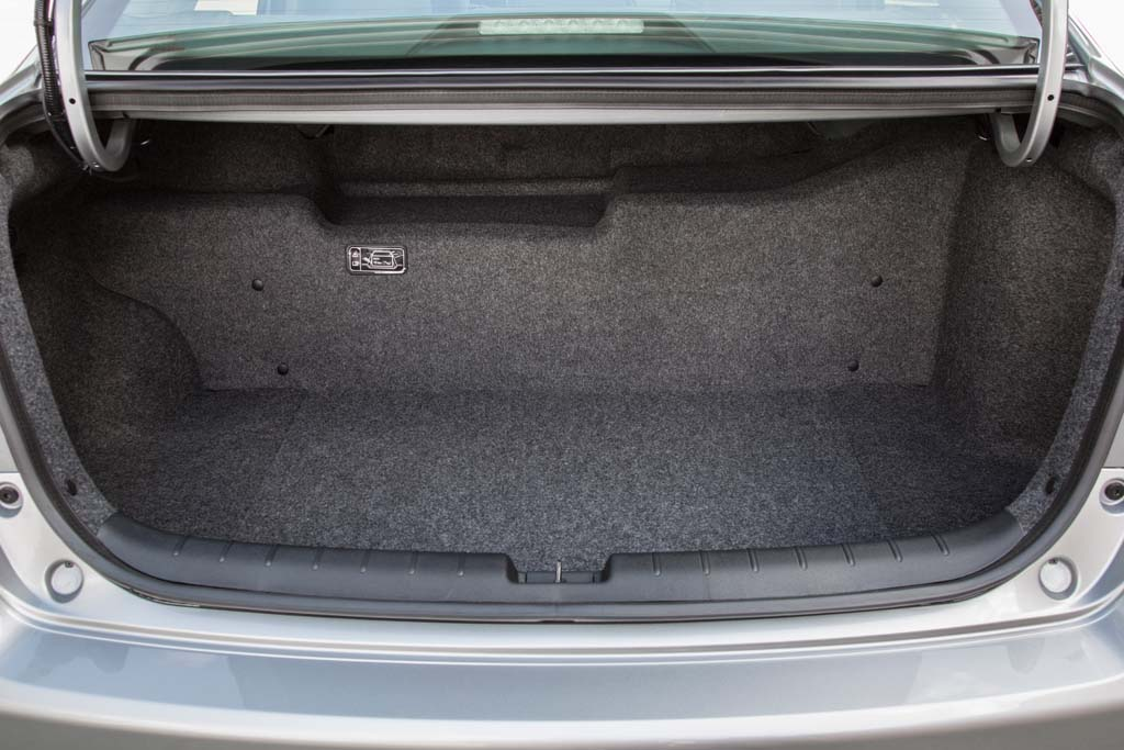 Honda Accord Hybrid Trunk The Switch To A Lithium Battery Reduces E Lost Cut By Only