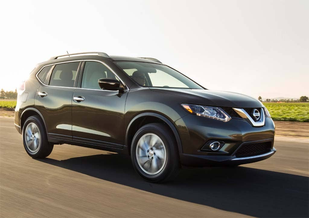 Nissan to Offer Both Old, New Versions of Rogue