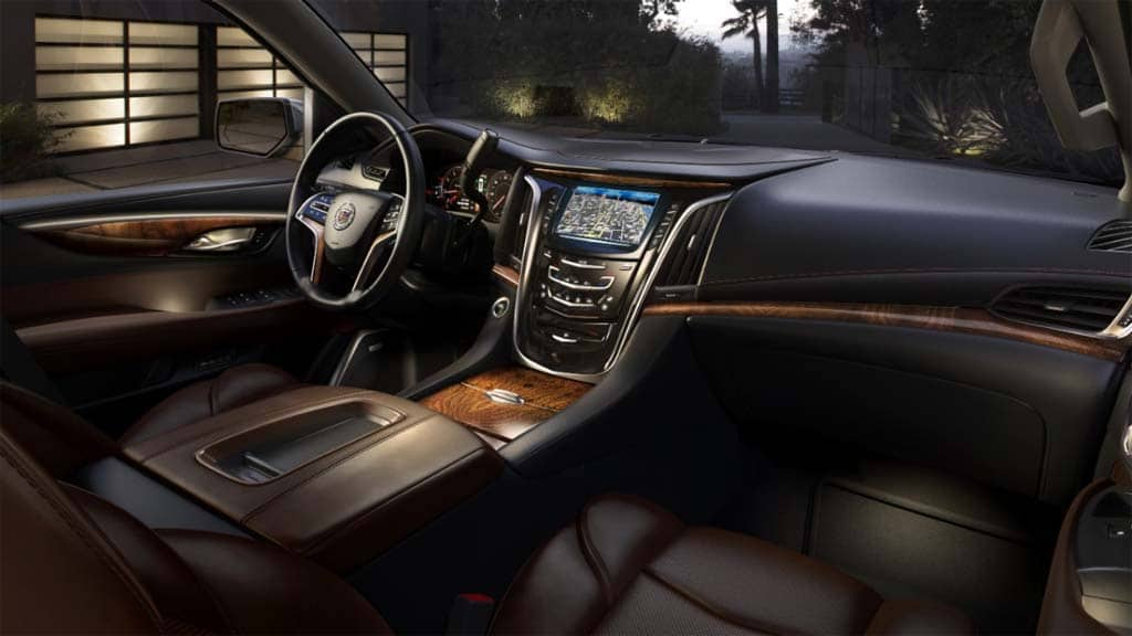 gm offers sneak peek at 2015 cadillac escalade. Black Bedroom Furniture Sets. Home Design Ideas