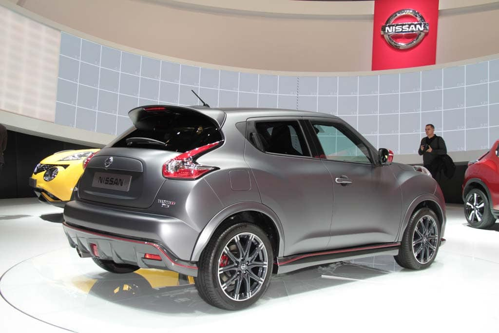 nissan takes juke design to new extremes nissan juke nismo. Black Bedroom Furniture Sets. Home Design Ideas