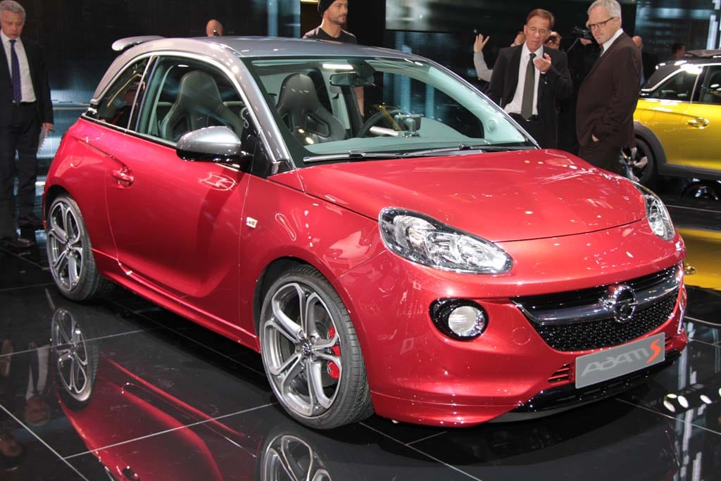 2015 opel adam s takes the acceleration test and it 39 s not very impressive. Black Bedroom Furniture Sets. Home Design Ideas