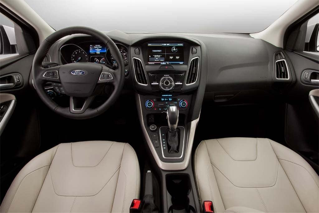 the 2015 ford focus interior