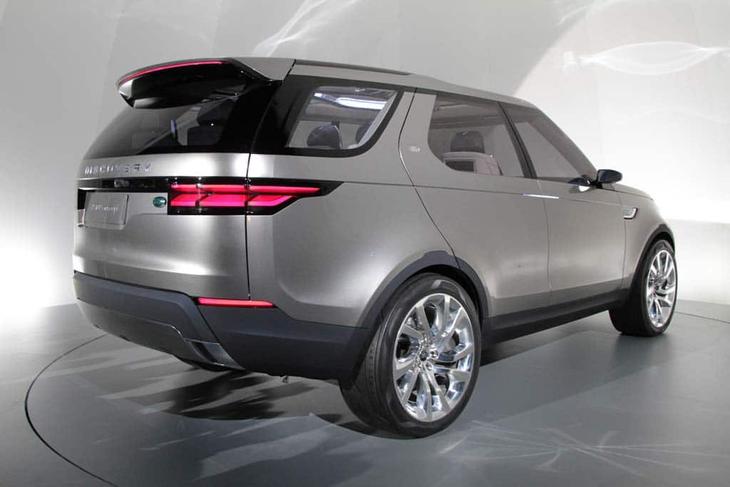 http://www.thedetroitbureau.com/wp-content/uploads/2014/04/Land-Rover-Discovery-Vision-Concept-rear-3-4.jpg