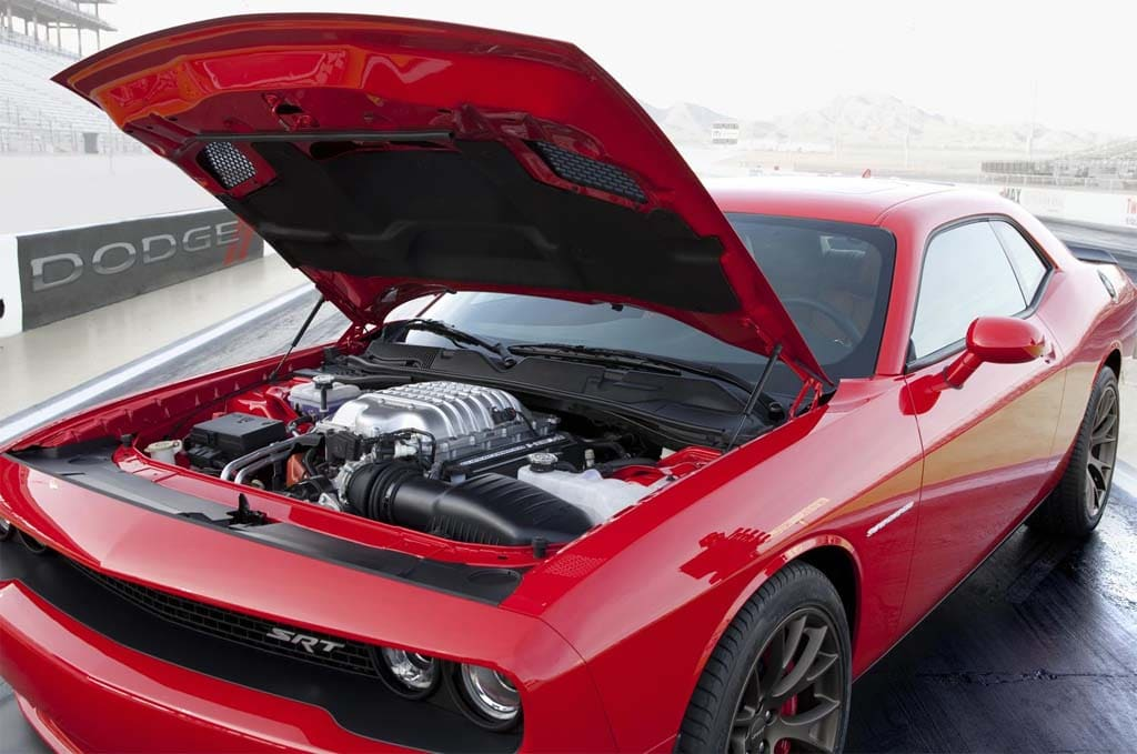 To Hell And Back Dodge Unleashes 600 Hp Challenger Srt Hellcat
