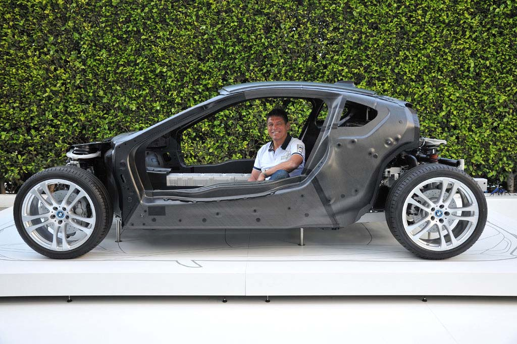 Bon BMW I8 Project Leader Carsten Breitfeld In The Chassis Of The Plug In  Hybrid Sports