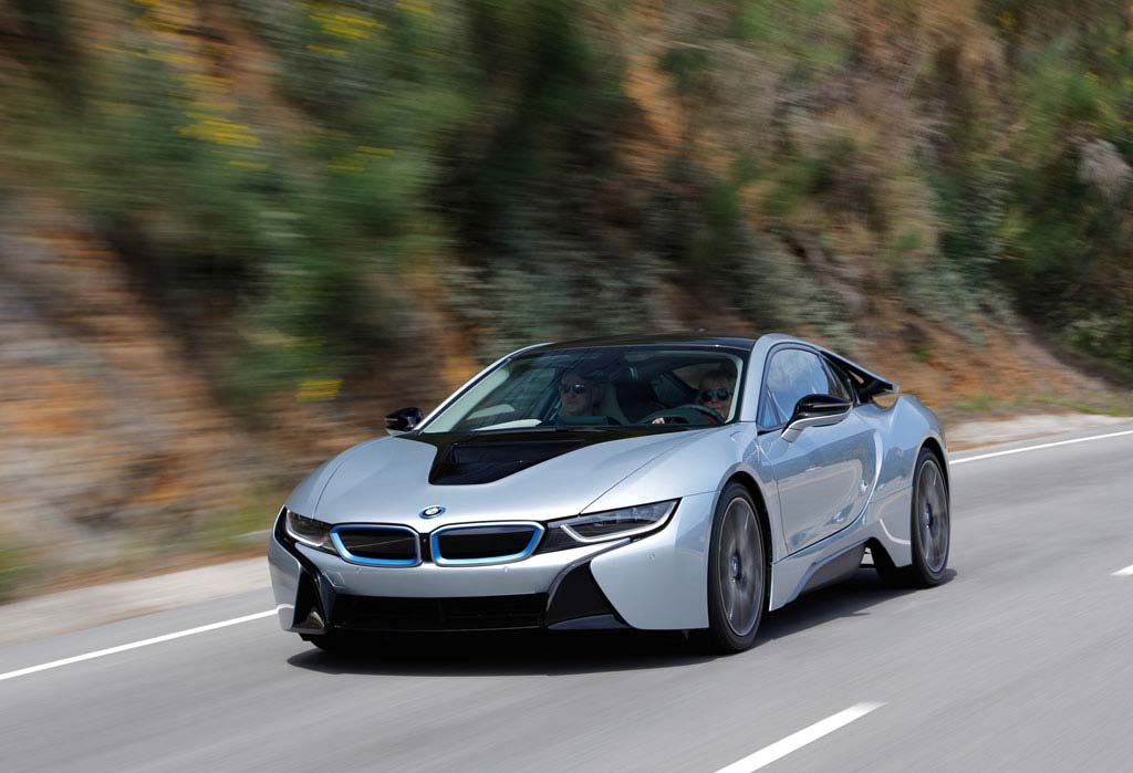 BMW's i8 Elevates Maker's Image in Germany