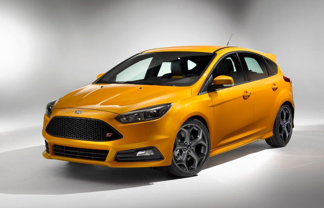 Ford Let's World Focus on New ST Pocket Rocket in UK