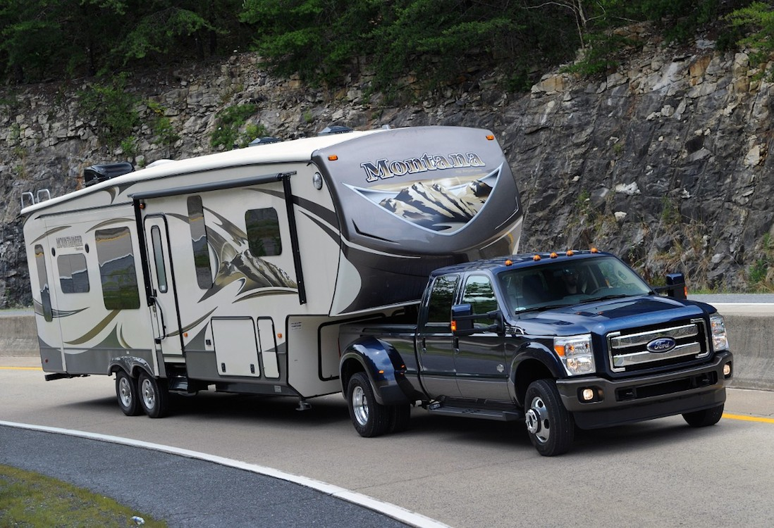 ford expanding f series super duty production. Black Bedroom Furniture Sets. Home Design Ideas