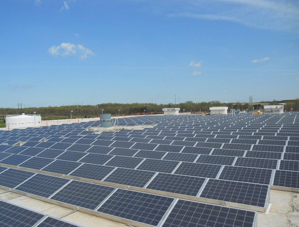 GM Baltimore rooftop solar array