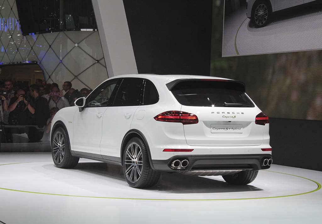 Porsche Is Striking A Balance Between Efficiency And Performance With The New Cayenne S E