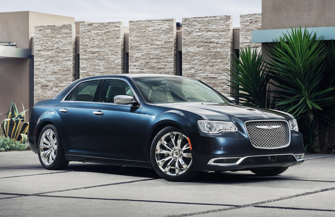first drive 2015 chrysler 300 2015 chrysler 300c platinum. Black Bedroom Furniture Sets. Home Design Ideas