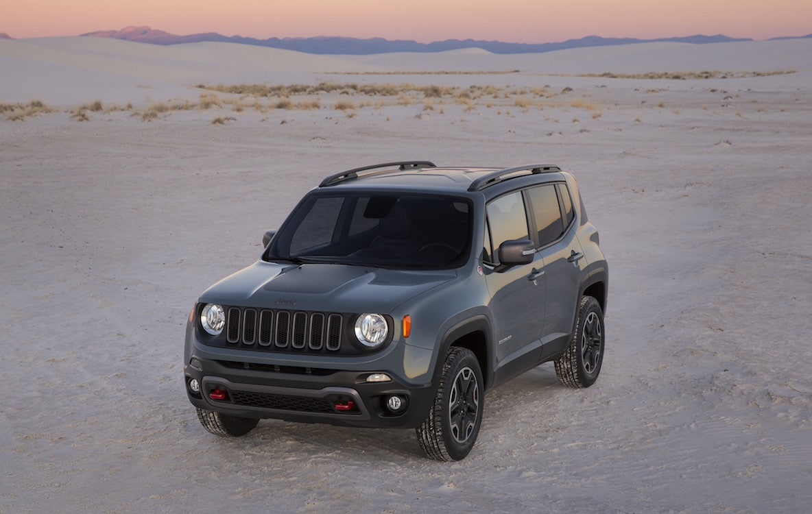 first drive 2015 jeep renegade 2015 jeep renegade trailhawk. Black Bedroom Furniture Sets. Home Design Ideas