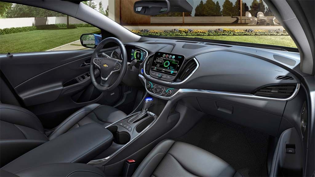 chevy cuts price while extending range of new 2016 volt. Black Bedroom Furniture Sets. Home Design Ideas