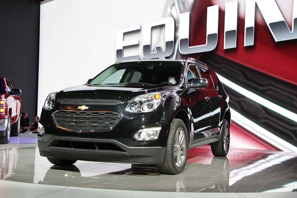 Revamped equinox offering more bang for buck 2016 chevrolet chevrolet introduced its third generation equinox at this years chicago auto show the new sciox Choice Image
