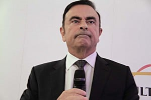 Carlos Ghosn expects Nissan will begin building fully autonomous vehicles in 2020.