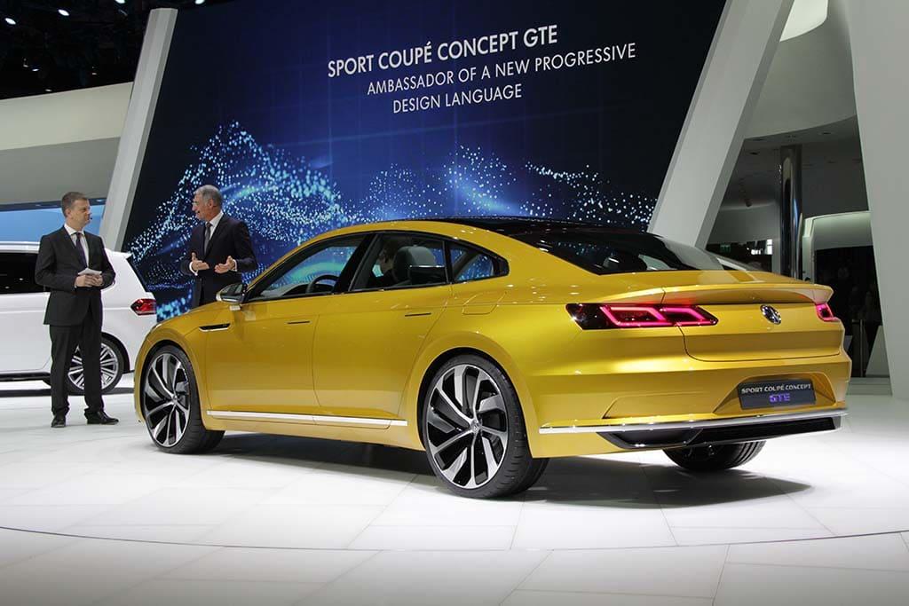 VW-Sport-Coupe-Concept-GTE-rear-3-4